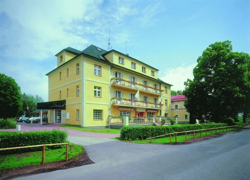 Гостиница в Константиновых Лазнях