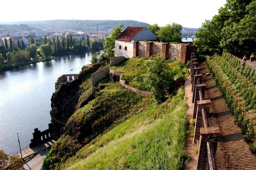 Вид на Прагу с Вышеградской крепости