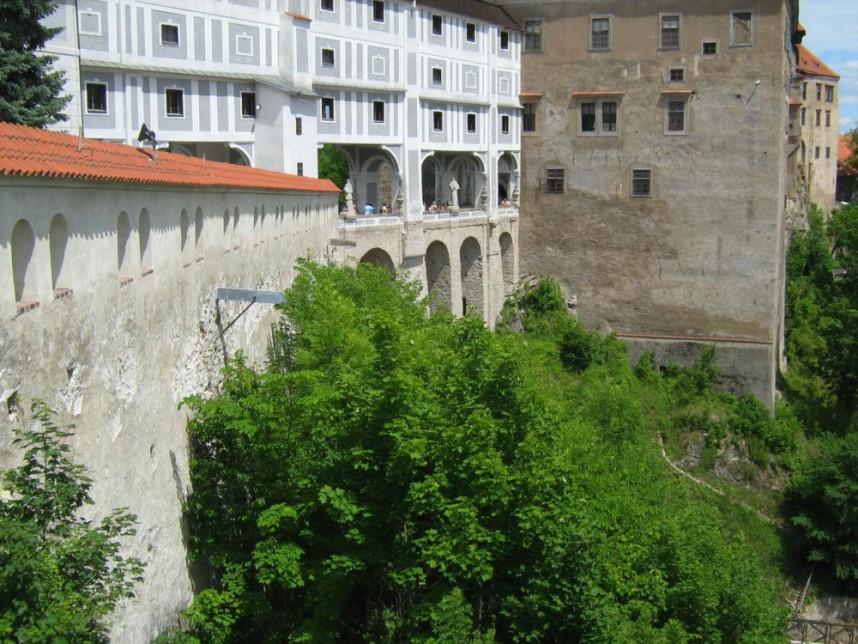 Плащевой мост Крумловского замка