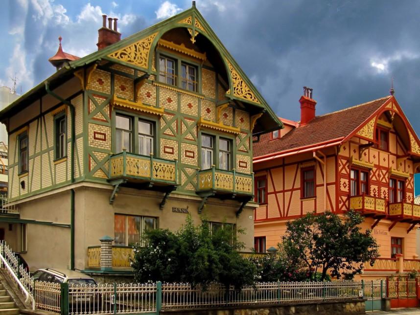 Дома в Лугачовице