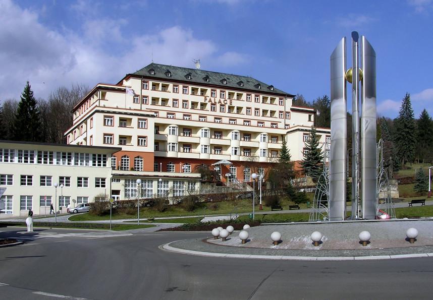 Гостиница в Лугачовице