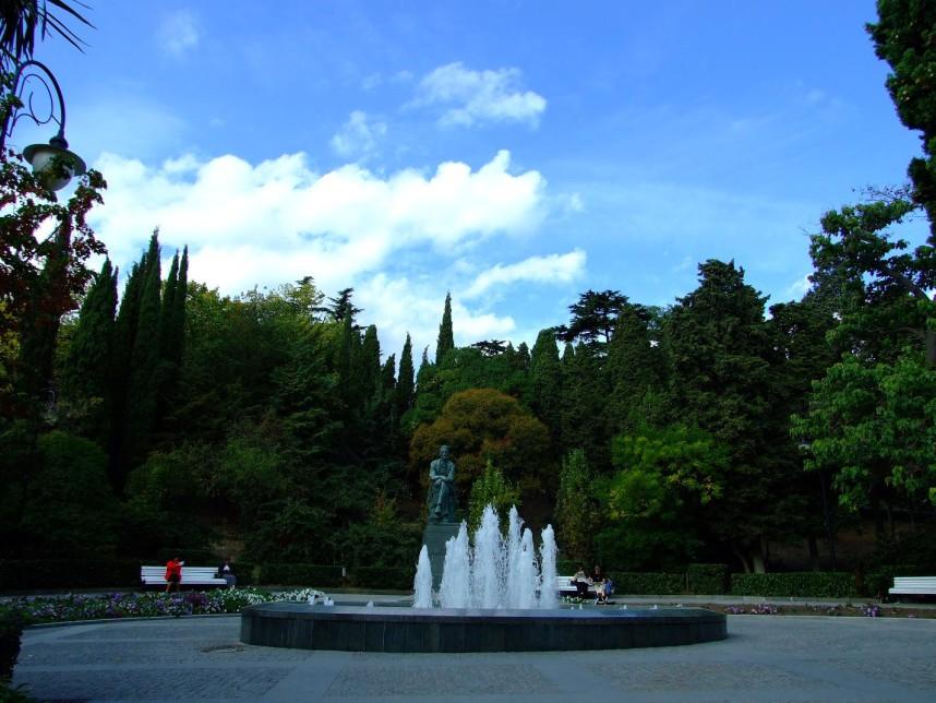 Фонтан в Приморском парке