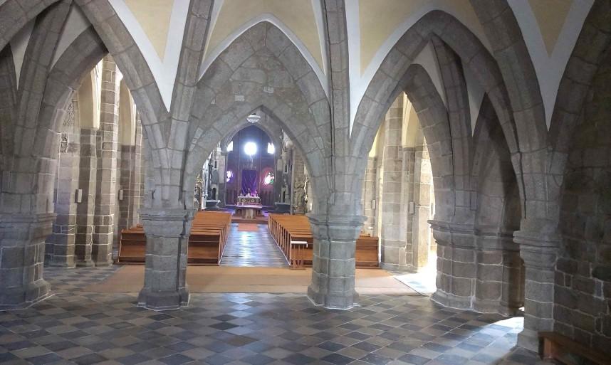Базилика  Святого Прокопа внутри