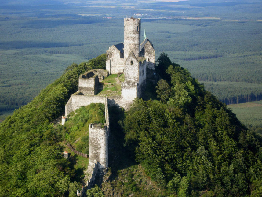 Замок Бездез сверху