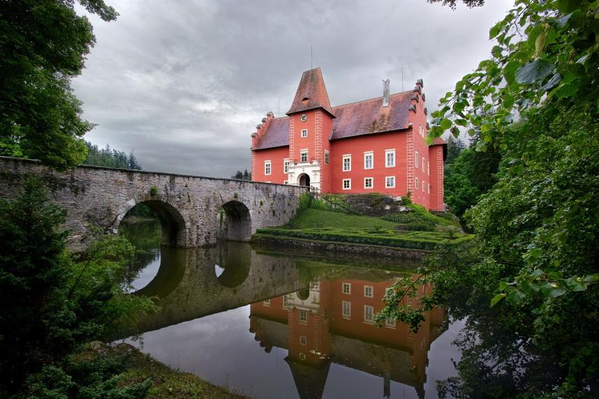 Мост замка Червена Лгота