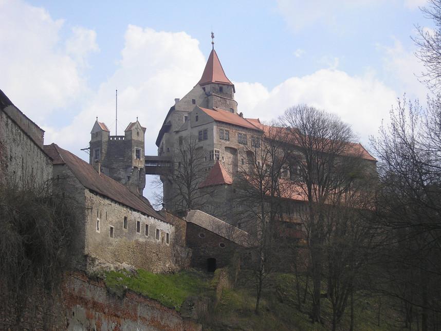 Вид на Замок Пернштейн