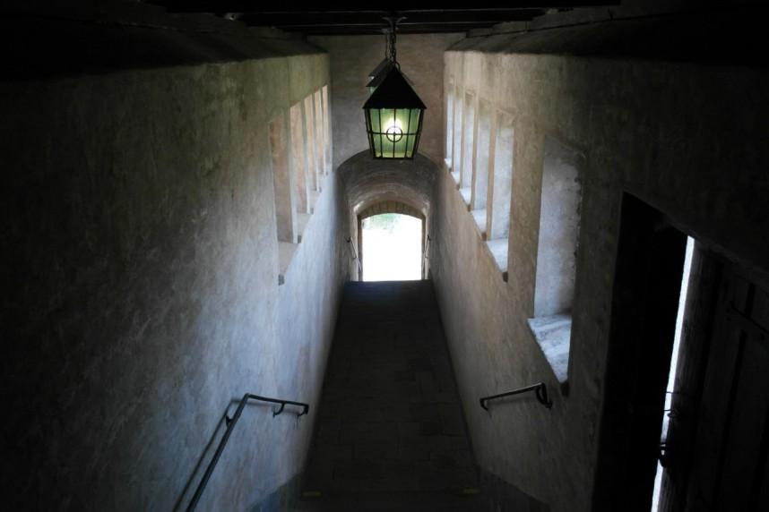 Лестница внутри замка