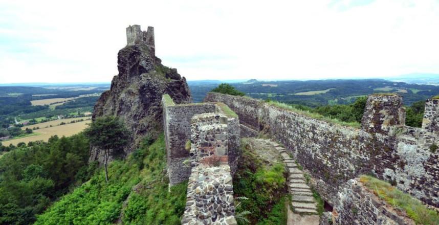 Стена Замка Троски
