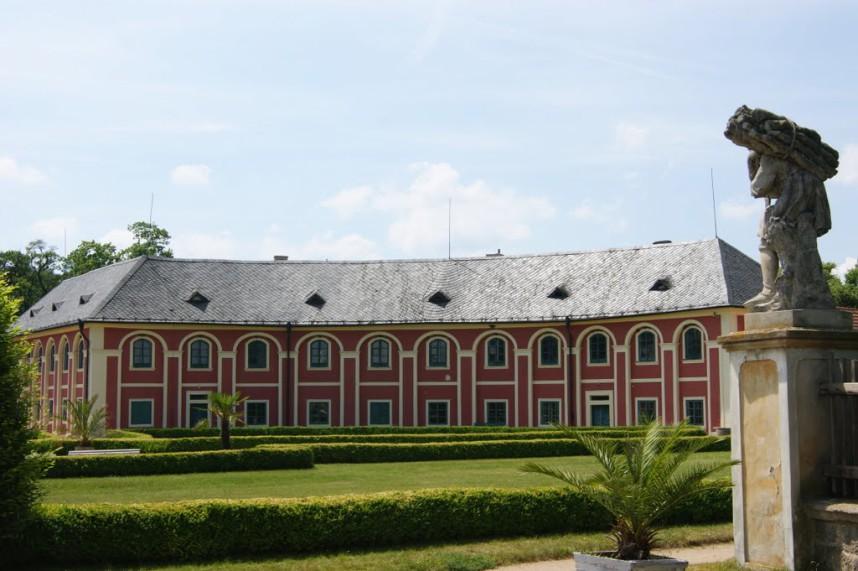 Вельтрусы, замок в Чехии