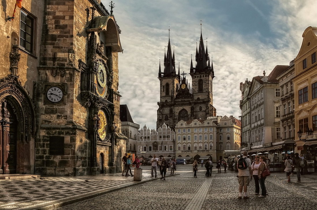 Прага - сокровищница  исторических достопримечательностей!