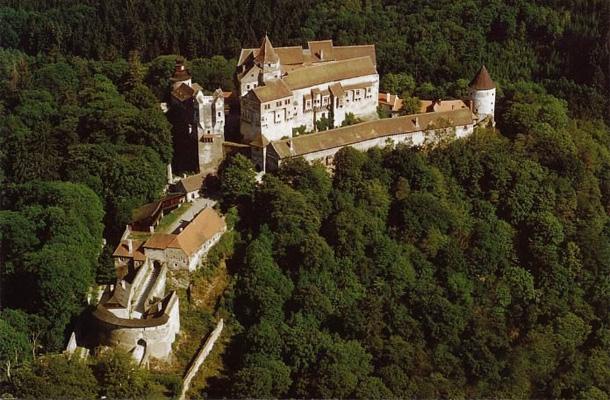 Замок Пернштейн, Чехия