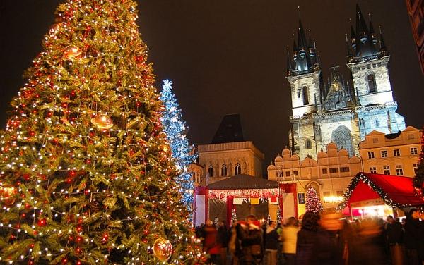 Готовь сани летом: едем в Прагу в декабре!