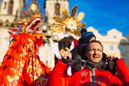 Общественная жизнь в Праге: 2011 начинаем с балов и карнавалов