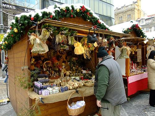 Что собой представляют рождественские ярмарки в Праге