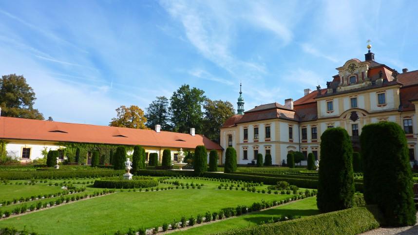 Замок Емниште