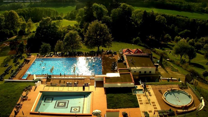 Вид на бассейн, Костелец у Злина