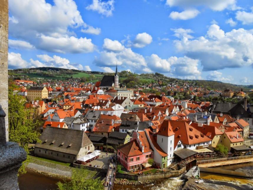 Вид на город из Крумловского замка