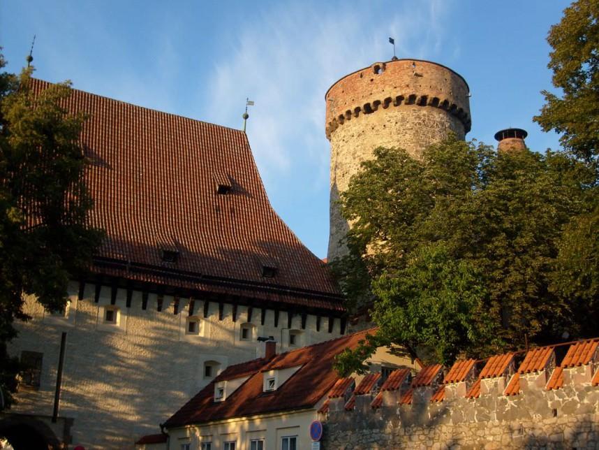 Башня Котнов