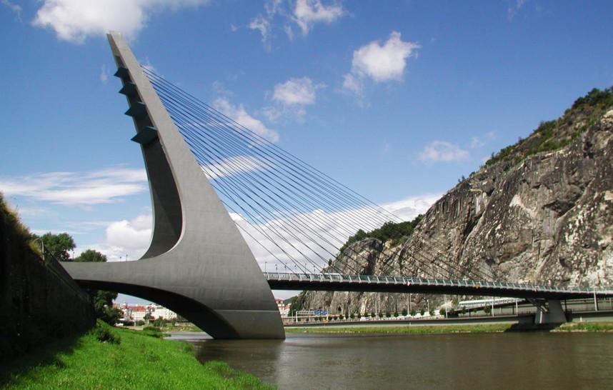 Марианский мост