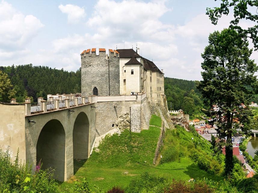 Вид на мост в замке Чески-Штернберк