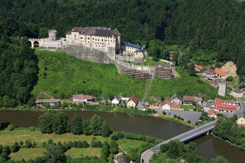 Замок Чески-Штернберк сверху