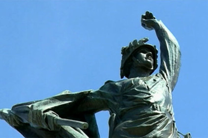 Памятник советскому солдату вернулся на прежнее место